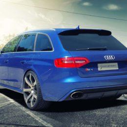 Audi-RS4-Blau-heck-1